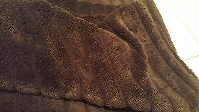 2Pc - Grey & Brown Throw Rug / Blanket -Used-Pick Up Or Post