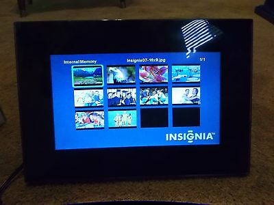 Pre-owned Insignia NS-DPF8WA-09 Widescreen Digital Photo Frame Tested & Works
