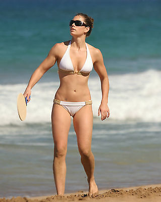 Beautiful Actress Jessica Biel Awesome Bikini 8X10 Color Glossy