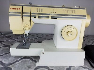 SINGER 40 STITCH Sewing Machine Vintage Model 57840C With Manual Fascinating Singer Sewing Machine 57817c