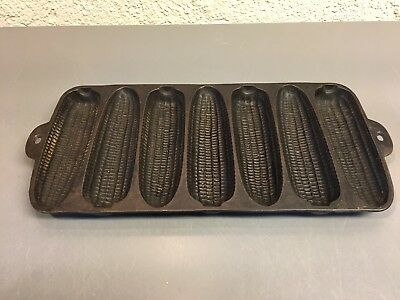 Vintage Wagner Ware Krusty Korn Bobs #1318 Cast Iron Corn Muffin Bread Pan
