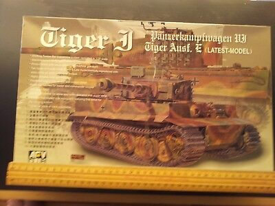 Arv Plastic 1/35 Scale Model Tank Kit / Tiger Panzer