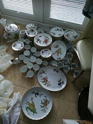 New Year 91 Piece Evesham Royal Worcester Dinner/table Set