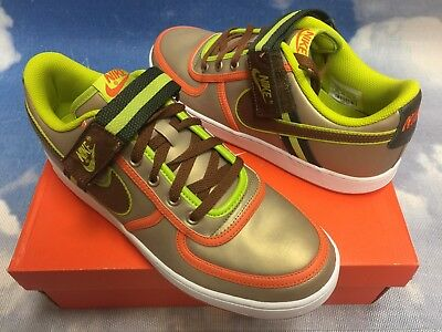 0380ae186bdb Nike Vandal Low Limited Color Edition Retro Basketball Shoe - Men s size  10.5