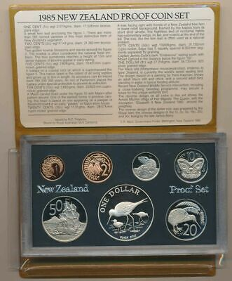 New Zealand -1985 Proof Coin set featuring Silver One  Dollar