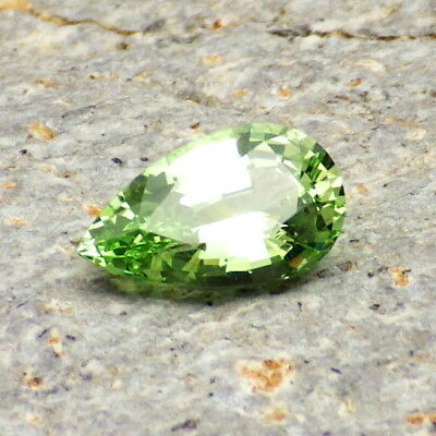 MERELANI MINT GREEN GARNET-TANZANIA 2.02Ct FLAWLESS-WORLD RARITY-INVESTMENT GDE!