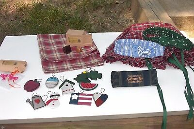 Longaberger  Lot of miscellaneous  Knobs, Tie-Ons, Garners, liners,