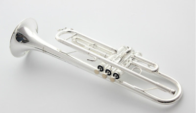 New YAMAHA B tune YTR-2335S trumpet instruments with in Beautiful box