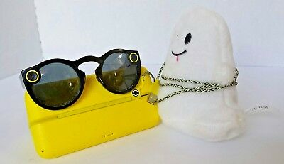 Snapchat Spectacles Smart Glasses Black Signature Ghost Beanie Made in China