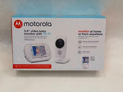 Motorola MBP668CONNECT Wi-Fi Video Baby Monitor with 3.5-Inch Color LCD Screen
