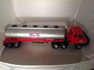 Texaco Oil Toy Tanker Truck Preowned