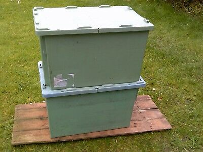 HEAVY DUTY PLASTIC STORAGE BOXS WITH LIDS. x2 STACKABLE. 600 x 400 x 355mm GREEN