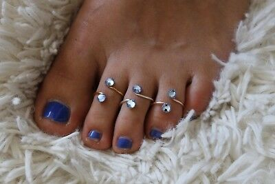 Gold/Silver/Rose Gold Plate L. Sapphire Toe Ring with Swarovski Crystal Elements