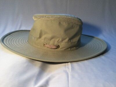 5c9ea17bbe5 New Tilley LTM6 Broader Down-Sloping Brim UPF50+ AirFlo Hat