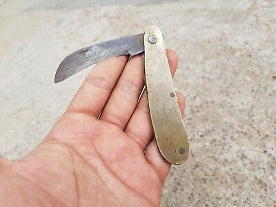 1900's ANTIQUE BEAUTIFUL HANDMADE IRON KNIFE WITH CURVED BRASS HANDLE