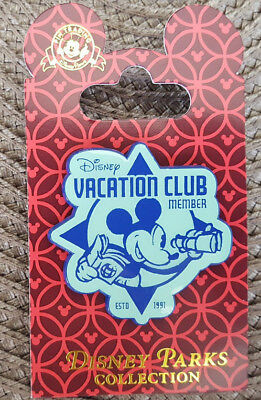 Disney Vacation Club DVC Pin Blue White 2018 Mickey Mouse New On Card Rack OE