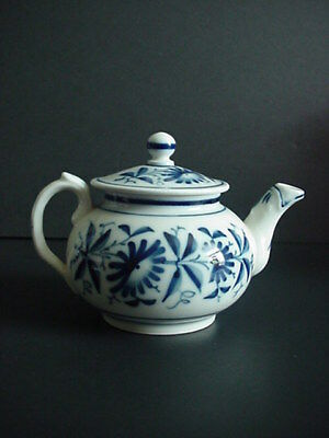 Antique French Bayeux Porcelain Teapot Flow Blue C. 1850