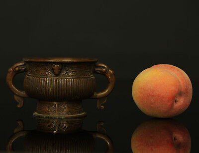 A BEAUTIFUL antique CHINESE ARCHAISTIC GUI BRONZE CENSER 19TH CENTURY