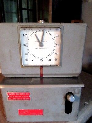 Vintage Time Recorder Good working condition.