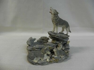 Westland Giftware #951 Wolf Family Figurine Votive Candle Holder 4 Wolves Pups