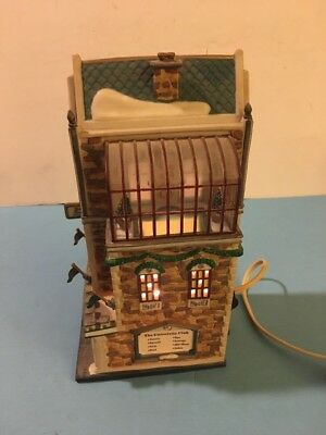 DEPT 56 The University Club Christmas in the City
