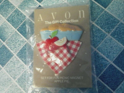 Vintage Avon The Gift Collection Fun Picnic Apple Pie Magnet New In Package