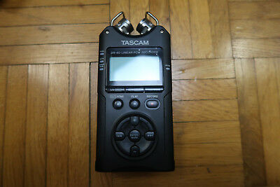 Tascam DR-40 - Version 2 - 4 Spur Audio Recorder - Wave und MP-3 Recorder