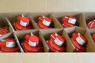 """New Emerson Fisher LP Gas 0.15"""" Regulator 1/4"""" Inlet 1/2"""" Out 10 PSI R122H-AAJ"""