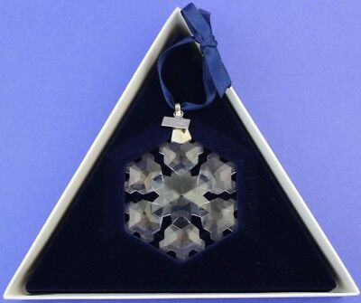 1994 Swarovski Crystal Annual Snowflake Christmas Ornament With Box