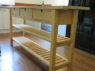 Pine bench ideal for kitchen