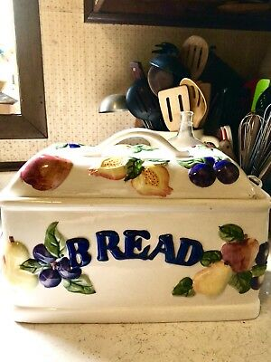 """Vintage Hand Painted Ceramic Porcelain Bread Box Made In China 9""""x13""""x7"""""""