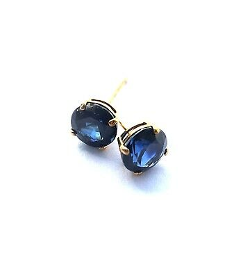 blue 1ct natural sapphire round stud earrings set in 18k yellow gold