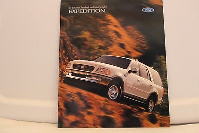 """1998 Ford Expedition Dealer Brochure 9"""" x 11"""" Mint"""