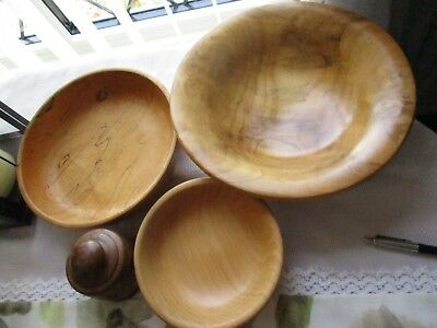 Job Lot Of Vintage Beautifully Handcrafted Wooden Treen Bowls & Turned Pot & Lid