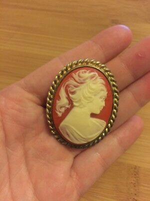 Vintage Ladies Face Cameo Pendant Gold Tone Victorian Resin Large Retro Necklace