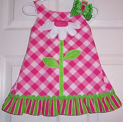 Pre-owned Girls Dress with Appliquéd Flower by Youngland Baby -   Size 24 Months