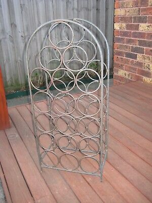 Rustic Style Wrought Iron Metal Wine Rack/Organiser Stand – 18 Bottle Capacity