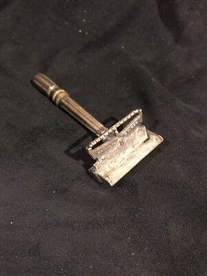Vintage GEM Micromatic Clog Pruf   Single Edge Safety Razor Antique