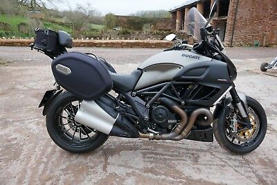 Ducati Diavel Strada 2014 (64) sports tourer 15k miles fsh 1 owner