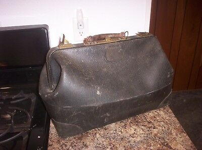 Vintage Us Rubber Company Naugahyde Doctor's Bag - Lined - Large