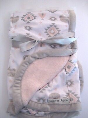 NEW/NWT-Blankets and & Beyond Plush Baby Blanket/Southwest-Aztec-Bears/Pink-Gray