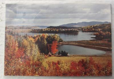 Canada Pre-Stamped Postcards In Mint Sealed Pack Of 5, Quebec Views, 1970's Era