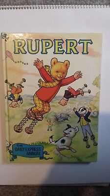 Rupert annual 1982 vintage collectable Excellent condition book