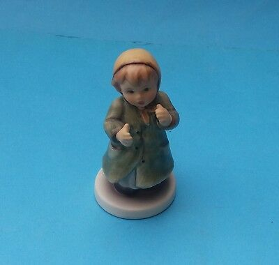 BOXED HUMMEL FIGURINE - No. HUM 2183