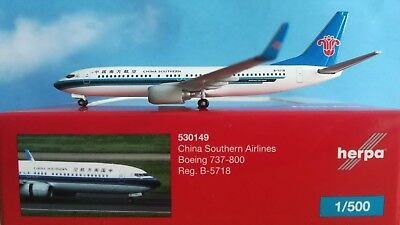 China Southern Airlines Boeing 737-800 b-5718 Herpa 530149-1:500 NUOVO