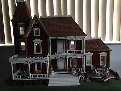 Dollhouse -11 Rooms--Sturdy Wood - With Furniture - Lovely!