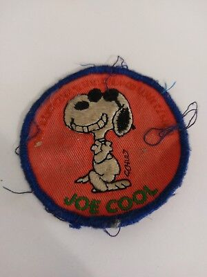 Snoopy Joe Cool Schulz sew on embroidered patch Retro Vintage 70s