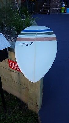 NEW Stump Surfboard White like new 6'2