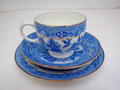 Trio Willow Pattern Blue n White Translucent Porcelain Made in England Tea Set