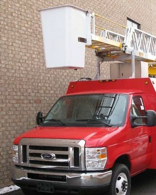 Ford: E-Series Van bucket boom trucks used, 2009 Ford E450 with 42 feet working height